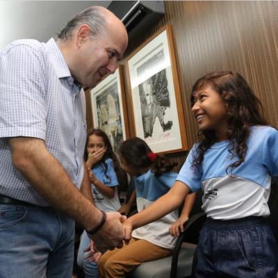 Crianças participam de audiência com o Prefeito de Fortaleza, Roberto Cláudio