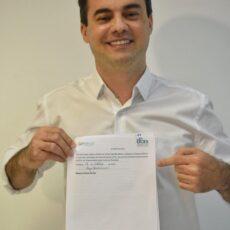 Capitão Wagner assina carta-compromisso proposta pela Rede Estadual da Primeira Infância